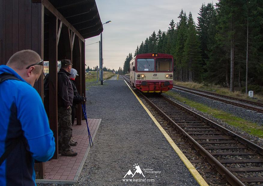 katiraf-gory-izerskie-szklarska-poreba-wedrowka-jakuszyce-dworzec