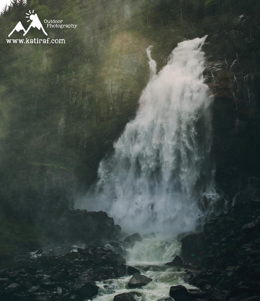 katiraf-wodospad-norwegia