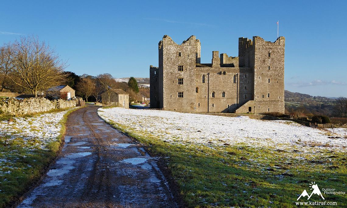 Co zwiedzić w Yorkshire? Zamek Bolton, www.katiraf.com
