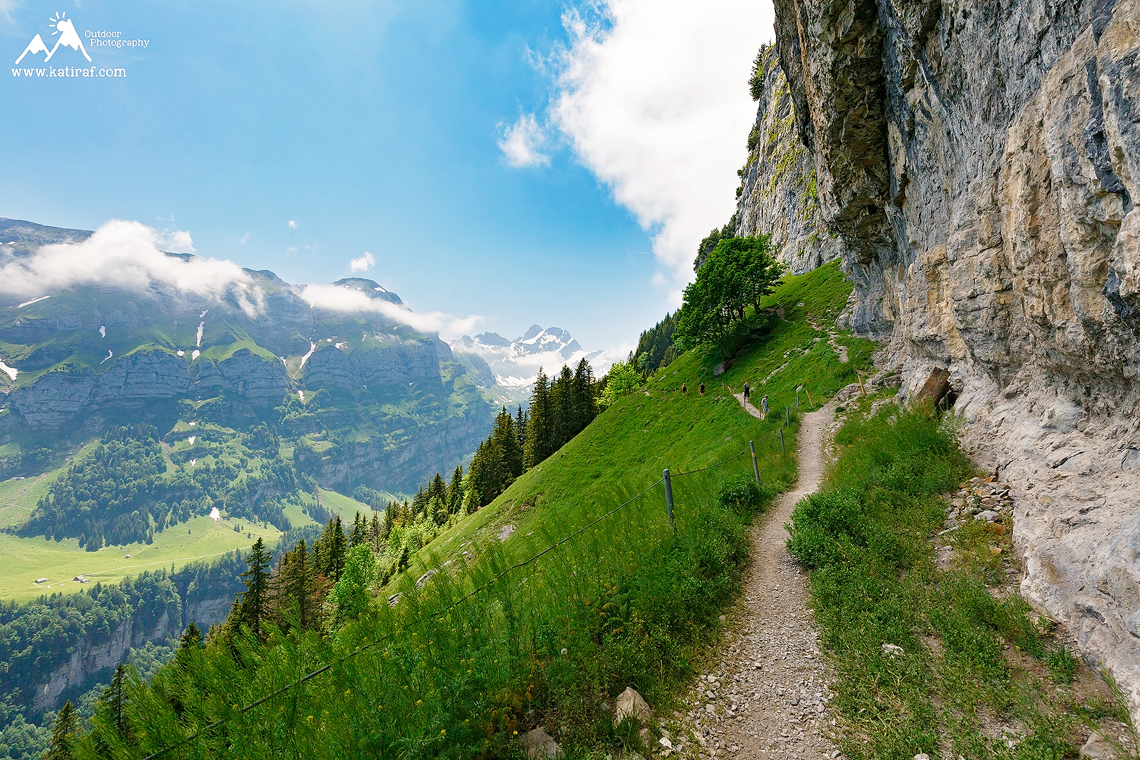 Szwajcaria - spacer do Aescher + jaskini Wildkirchli + na szczyt Ebenalp, Appenzeller Alps